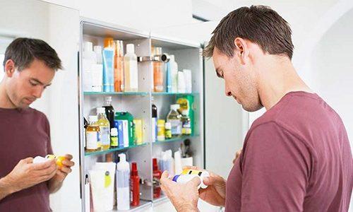 Если человек не совсем уверен в том, что болевой синдром связан с воспалением поджелудочной железы, то самостоятельно принимать спазмолитики не стоит