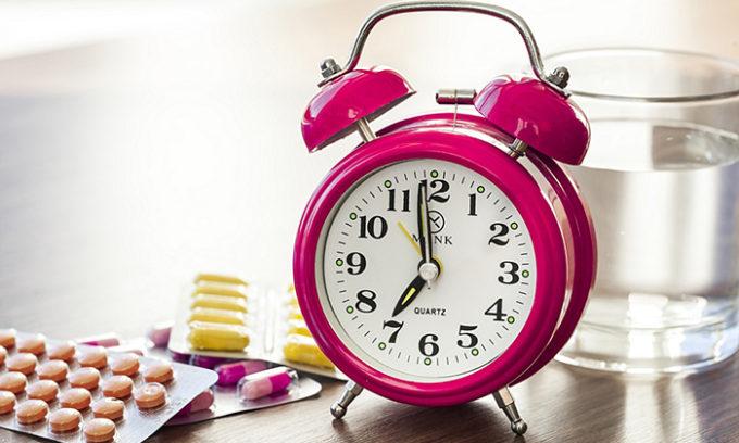 Препарат рекомендуется принимать через равные промежутки времени, чтобы концентрация действующего вещества всегда была на высоком уровне и эффективно боролась с инфекцией