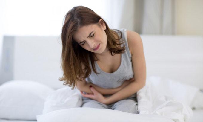 Для острого цистита характерны резкие боли в области мочевого пузыря