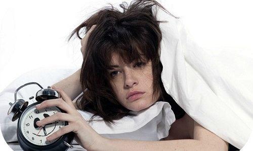 Необходимо избегать передозировки гормональных препаратов, поскольку у пациента может появиться бессонница