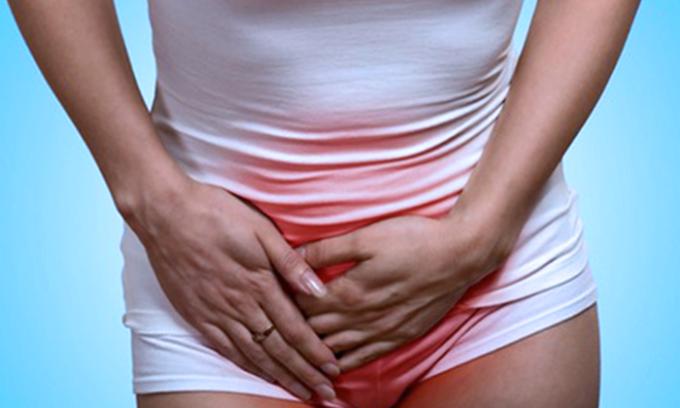 Основным симптомом цистита являются боли и неприятные ощущения внизу живота