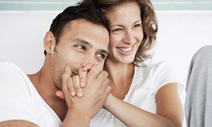 Если у партнера имеются какие-либо заболевания или женщина лечилась от бактерий во влагалище, а партнер нет, то причина болезни может быть в этом