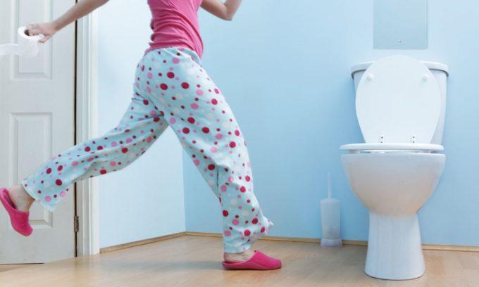 Симптомом мочекаменной болезни является частые и нерезультативные позывы к мочеиспусканию