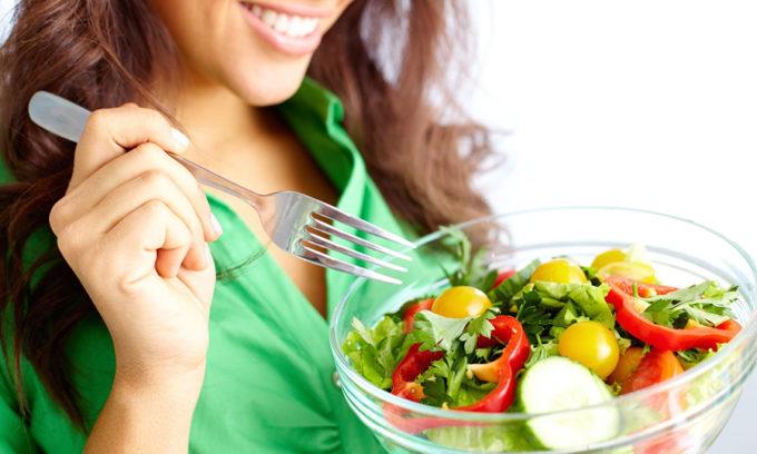 Придерживайтесь специальной диеты. Ведь правильное питание – это основа всего