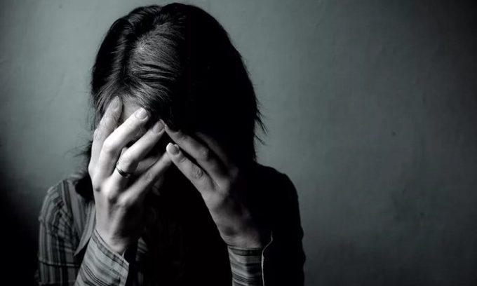 Болезнь щитовидной железы может проявляться депрессивным состоянием