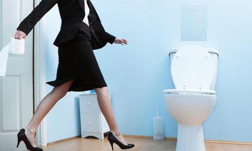 Частые позывы к мочеиспусканию являются симптомом стерильного цистита