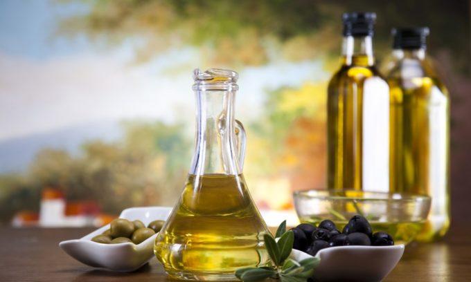 Растительные масла способствуют улучшению перистальтики