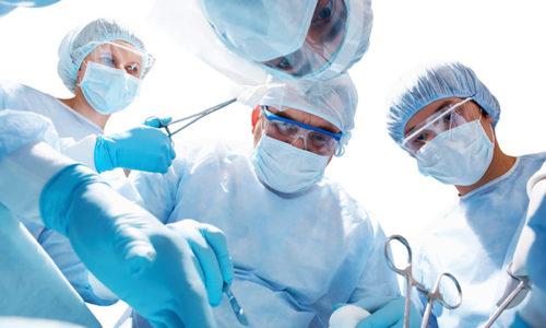 Только хирургическое лечение дает возможность больному полностью избавиться от острого калькулезного холецистита
