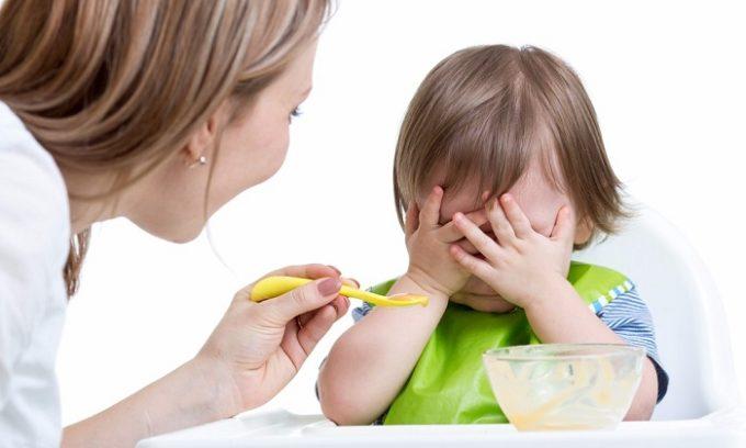 Если ультразвуковое исследование щитовидки будет проводиться ребенку, лучше поесть не позднее, чем за несколько часов до процедуры