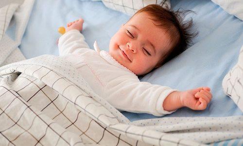 Успешность лечения врожденного гипотиреоза у младенцев проявляется в росте показателей физического развития малыша