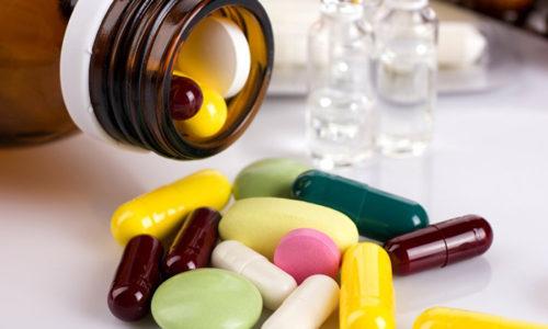 Пациенту эндокринолог назначает лекарственные препараты – производные тирозина