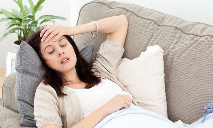 Симптом дисфункции щитовидной железы у женщин - общая слабость