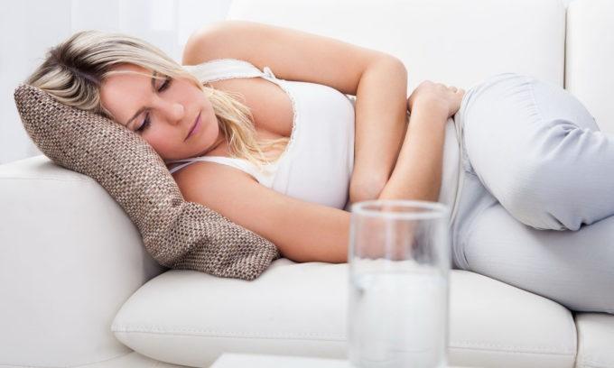 Пациент нуждается в постельном режиме в течение 3-5 дней, так как все силы организма должны быть направлены на выздоровление