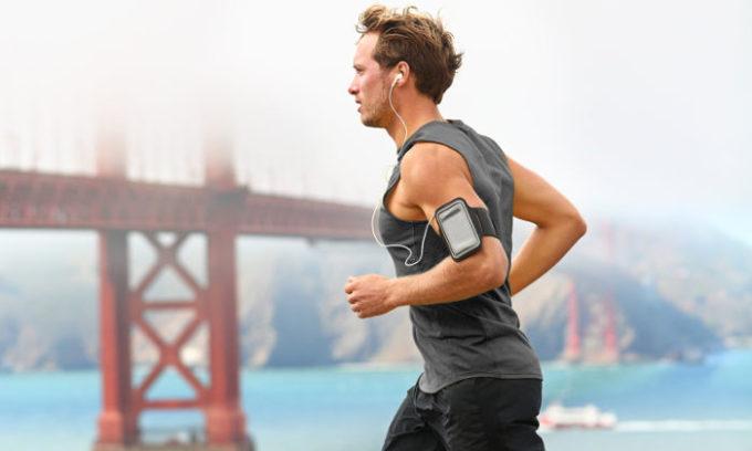 Улучшить качество спермы мужчина может самостоятельно, систематически занимаясь спортом