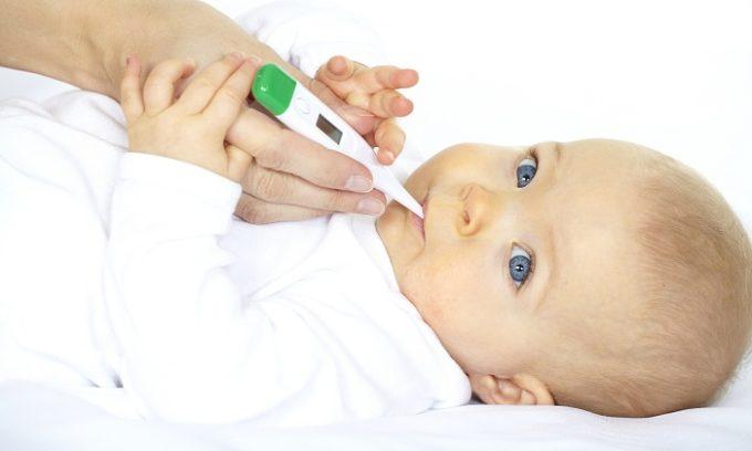 У ребенка может резко повыситься температура тела