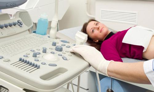 Для постановки диагноза проведения ультразвукового исследования не требуется, однако, оно может помочь в определении причины заболевания