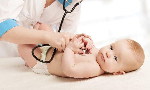 Медики считают, что гипотиреоз у новорожденных возникает из-за дисфункции выработки гормонов щитовидкой